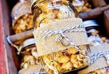 Wedding Favors Ideas / Find the perfect wedding favors here.