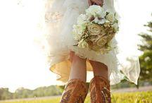 Wedding Ideas <3  / by Erika Vargas