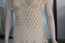 Crochet  <>Blusas,Vestidos, Faldas ... / una hora dedicada a tejer te alejara del psicologo