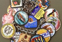 Advertising & Characters - Vintage Charms & Bracelets / Vintage Silver or enamel charms featuring cartoon characters, famous characters, advertising.