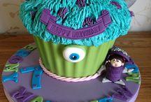 Giant Cupcake treats!