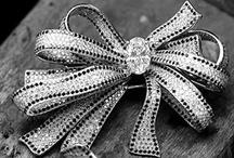 jewelry / by Marla Schwartz