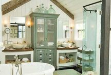 Chalet M bathroom / Rustic cottage bathroom