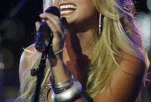 COUNTRY SINGERS!!! / by Linda Hyatt