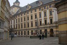 La culture à Wrocław / Wrocław possède plusieurs monuments culturels (musique, théâtre, chant, cinéma, enseignement...) Elle sera la nouvelle Capitale Européenne de la Culture en 2016.