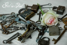 Vintage Collectables / Fantastic finds...Lovely antique collectables...beautifully photographed / by Girl in Pink