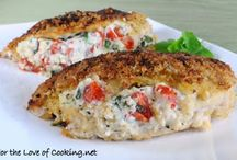 Recipes: Chicken / by Alicia Marie