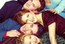 TV shows / F.R.I.E.N.D.S., THE MENTALIST, GILMORE GIRLS
