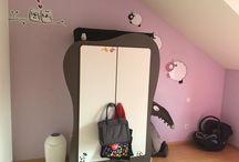 Armoire bébé Iris / Découvrez notre armoire bébé Iris taupe