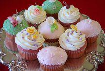 {Desserts} Cuppie cakes! / by Jodi Keller