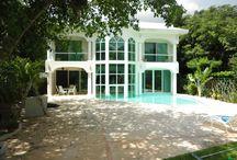 Casa de #lujo en #PlayadelCarmen -  Casa Crystal / HERMOSA CASA CON PISOS DE MARMOL ITALIANO, VENTANAS CON DOBLE VIDRIO.