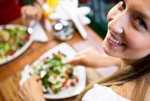 Żeby schudnąć trzeba jeść / Wbrew szeroko rozpowszechnionej opinii, na diecie wcale nie trzeba być głodnym!
