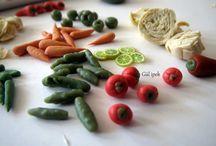 Minyatür Turşular / Pickles / minyatür el yapımı turşular 50 kavanoz turşu 1000 sebze çalışması scale 1:12  By Gül ipek