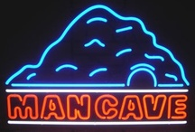 Neon Signs / All types of neon signs. Neon open signs, custom neon signs, business-specific neon. #neon #signs / by Virtually Everything By Kavalon Gilliam