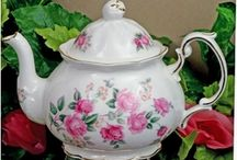 Berta Hedstrom - Bone China From England / Berta Hedstrom Heirloom Bone China teapots and matching tea ware is imported from England and made of fine bone china. This beautiful collection of English Bone China Teapots features a variety of china patterns dipicting popular flowers such as pansies, roses, daffodils, violets and more.   These bone china treasures make the perfect gift for weddings, bridal showers, holidays and birthdays.  Heirloom Bone China by Berta Hedstrom is made of the finest bone china from England.