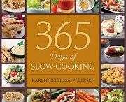 Slow cooker recipes / by Tammy Willhard
