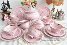 rosa porcelain, pink porcelain tea cup and tea set / https://www.etsy.com/shop/VintageTeaTimeByNiw