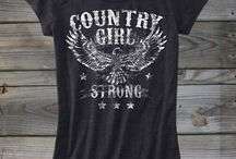 Small Town Country Girl <3 / by Chelsie Lawrence