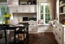 Decora Cabinets / Seigle's Cabinet vendor, Decora Cabinets provide the highest quality and a whole world of choices to make design dreams come true. Their products are perfect for customers who look beyond the ordinary.