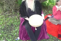 The Mystic at Work / Take a sneak peak in Almine's miraculous life. Apart from mysticism, she is a writer, healer, lecturer, cook, mother, singer, artist, shaman, alchemist and dear friend to many around the world. Take a look behind the scenes!