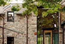 Facade Maison En Verre Et Pourres Anciennes