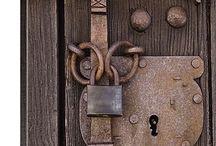 Puertas y cerraduras