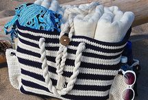 Crochet: bags and beanies