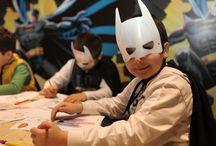Adalet Takımı Marmara Forum'u  Kurtarmaya Geliyor / Superman, Batman, Wonder Women ve Green Lantern…  Çocuklar, Marmara Forum'da süper kahramanların güçlerini ödünç alıyor; Adalet Şehri'ni kötü güçlerden kurtarıyor.