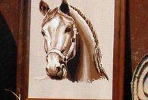 cavalli punto croce