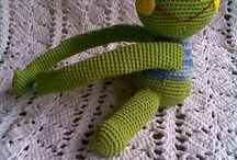 frog tie back