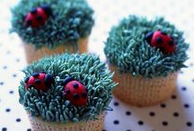 Cupcakes / by Patty Hanson