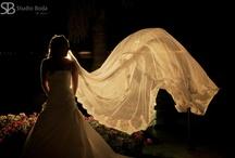 Vestidos de Novia / Inspiración para tu boda: modelos de vestidos de novia fotografiados por Studio Boda