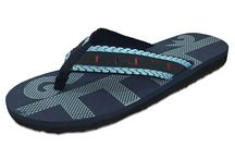 Men's Flip Flops | SlipperRack.com / Check out our cool collection of men's spa, plush, and synthetic flip flops.