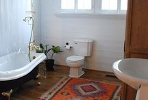 Winter bathrooms / Accessorize you bathroom with winter warmer rugs