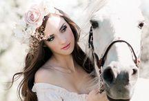 конь на свадьбе