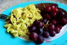 Salad-Greens/Fruit & Pasta