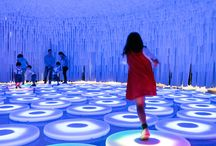 exhibition tec / Great examples of technology used in an art gallery, museum, expo, trade fair or public space setting.