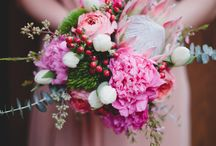 Bold, Bright & Colorful Wedding Bouquets / Bright and colorful wedding flowers inspiration, bold, bright and colourful wedding bouquet ideas, bright and colorful bouquets, bright and colorful bouquet inspiration.