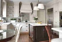 Kitchens / by Heather Maurano