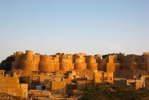 The Golden Fortress / This heritage site still has an active population residing within the walls of the sandstone. This Fort which stands on Trikuta Hills was built by Rawal Jaiswal. The city gets its name from the name of this Rajput king.  The beauty of this Fort is not in the architecture or the palaces unlike the other palaces of Rajasthan but in the sandstone used