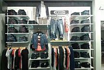 Jeans merchandising
