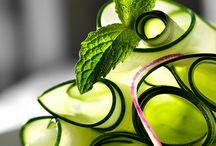 Eat & Drink / by Sirinya Sara-in