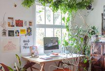 Skrivbord/ arbetsplats