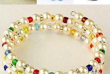 náramky (bracelets)