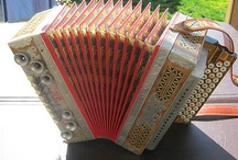 Accordions / by Tracy Chandler