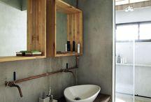 badkamers; spiegels