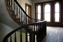 Лестницы в английском интерьере
