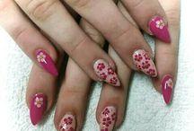 :)nails