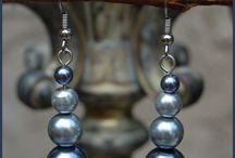 Jewelry - earrings / by Alma Naude