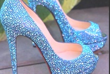 SHOES / by Chelsie Schlieve